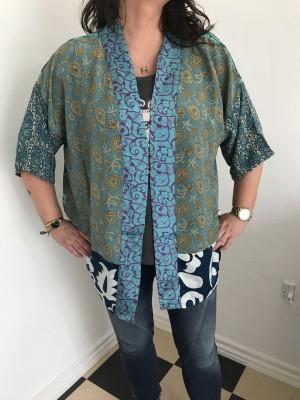 Lotus short 17 kimono