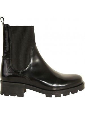 Saseline boots