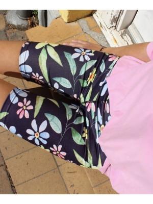 Forudbestilling - Liberté - Nicole Shorts - Navy Flower - PREORDER (Medio Juni)